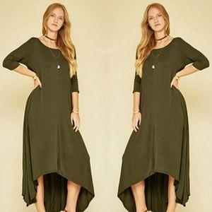 Dresses & Skirts - 🌟3/4 Sleeve High-Low Maxi Dress🌟